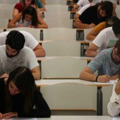 Reclaman soluciones inmediatas al error de Selectividad en Andalucía