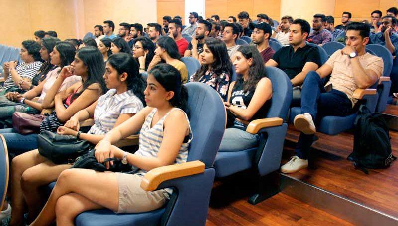 90 estudiantes de la India participan en un curso de formación en la UJA