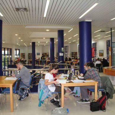 Horarios de biblioteca en Málaga para los exámenes de enero