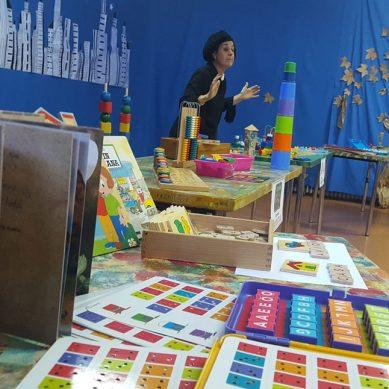 El proyecto 'Infa-Ciencia' de la UCO presenta a la pedagoga María Montessori