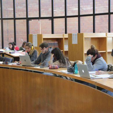 Eureka solicita a la UMA ampliar los servicios de biblioteca en la época de exámenes