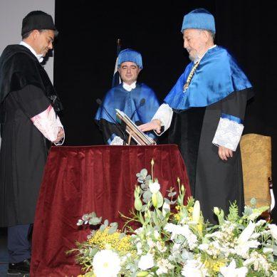 Alberto Fernández, primer rector de la UAL, nombrado Doctor Honoris Causa