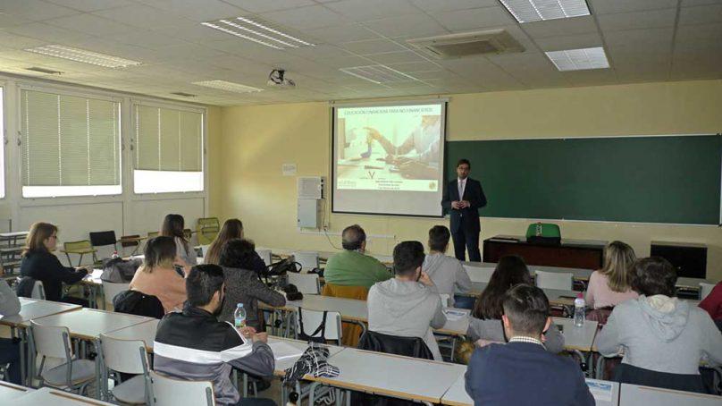 Estudiantes de la UJA aprenden las claves del sistema financiero a través de Edufinet