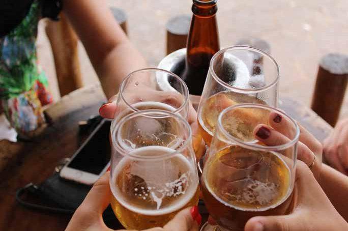 'Cuanto menos, mejor', un poco de alcohol al día no reduce la mortalidad