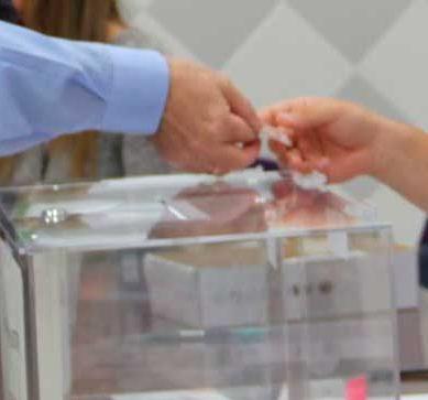 Las elecciones al Rectorado de la UGR contarán con un sistema electrónico para el voto anticipado