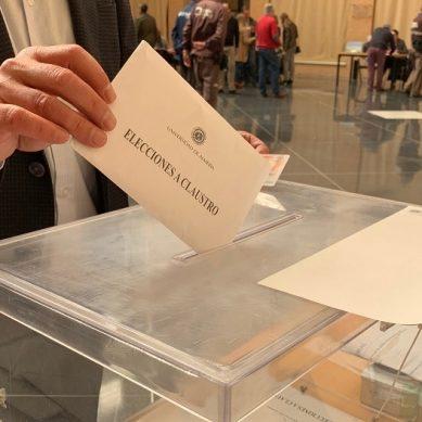 Intensa, y nocturna, jornada de elecciones al Claustro de la UAL