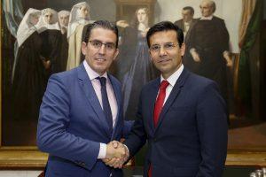 La Fundación Unicaja firma un acuerdo para incentivar la cultura granadina