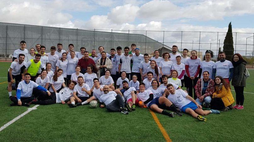 Convivencia futbolística entre estudiantes y profesores de la Facultad de Ciencias de la Salud de la UJA
