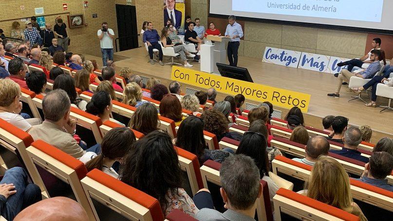 Carmelo Rodríguez presenta su programa electoral a la comunidad UAL
