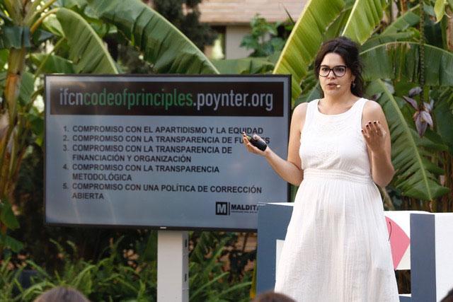 """Clara Jiménez: """"hacemos periodismo para que no te la cuelen"""""""