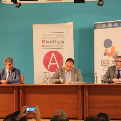 Pendón, Mantell y Piniella se ven las caras durante el primer debate electoral en la UCA