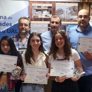 Estudiantes de Secundaria descubren el potencial en robótica de la UAL