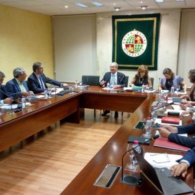 Rogelio Velasco se reúne con los rectores andaluces en la UJA para debatir sobre el presupuesto de universidades