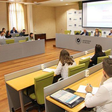 Medios de comunicación y Derecho a debate en la UMA