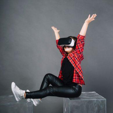 Un videojuego de realidad aumentada que permite reconstruir fósiles o cazar animales del pasado