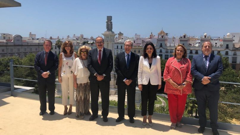"""Velasco destaca la labor de la UNIA """"como foro para el intercambio de innovación y conocimiento"""""""
