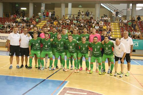 El BeSoccer CD UMA Antequera se impone al equipo Córdoba Patrimonio de la Humanidad en su propio campo con un resultado de 1 a 6.