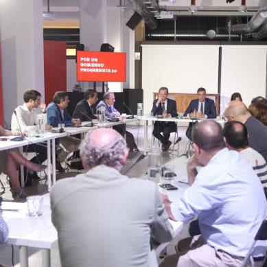"""Los colectivos universitarios reclaman a Sánchez la """"urgente necesidad de la reforma universitaria"""""""
