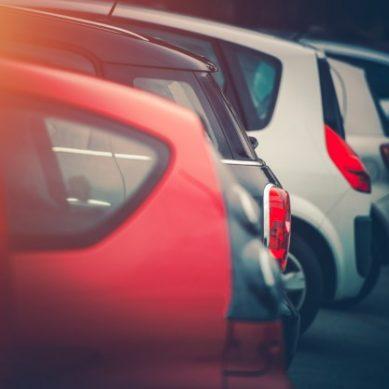Los estudiantes de la UCA reclaman soluciones ante la falta de aparcamientos