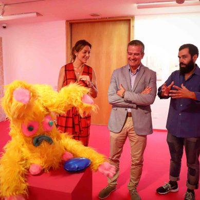 El Centro Cultural MVA acoge una exposición conjunta de profesores y estudiantes
