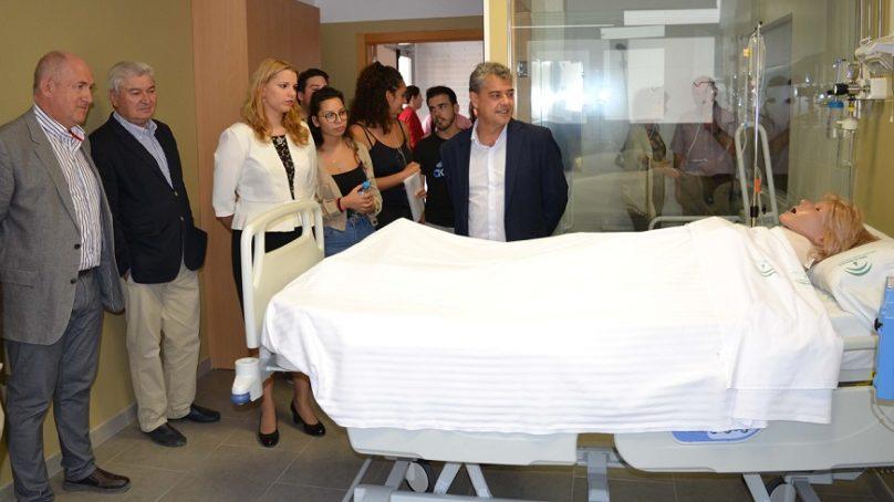 Mejor formación sanitaria gracias al centro de simulación de la UAL
