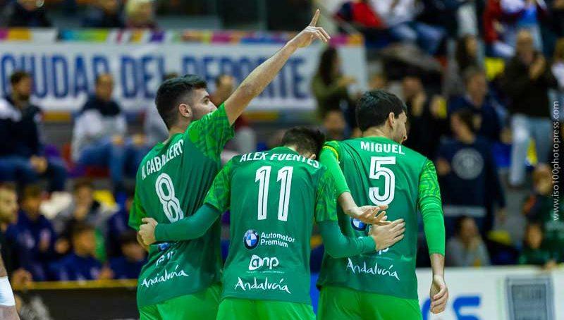 Goleada del BeSoccer CD UMA Antequera al Irefrank Elche CF en la undécima jornada de Liga en Segunda División