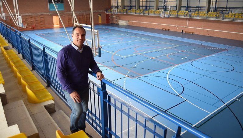 El Pabellón Deportivo de la UAL sigue renovándose con una nueva pista