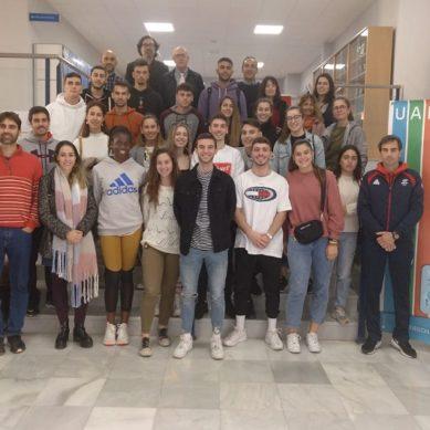 El Programa DUAN de la UAL reúne a estudiantes y tutores para estrechar lazos