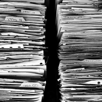 Convocadas 3 becas para graduados y licenciados en Información y Documentación