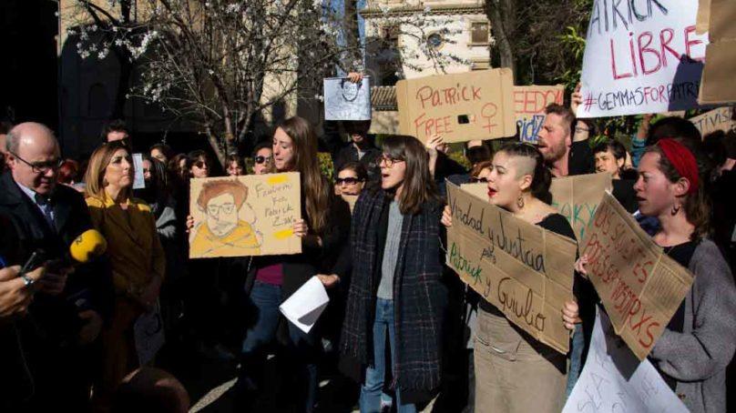 La UGR sale a la calle por la libertad del estudiante Patrick George Zaki