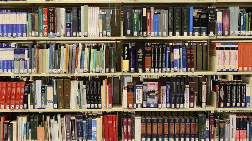 Más de 560.000 documentos y 70 bases de datos accesibles desde la biblioteca de la UJA