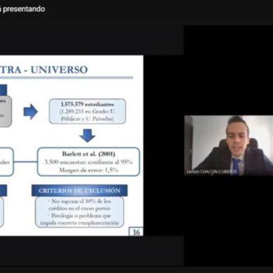 Defensa de tesis 'en abierto' para familiarizar a los estudiantes preuniversitarios con el proceso de doctorado
