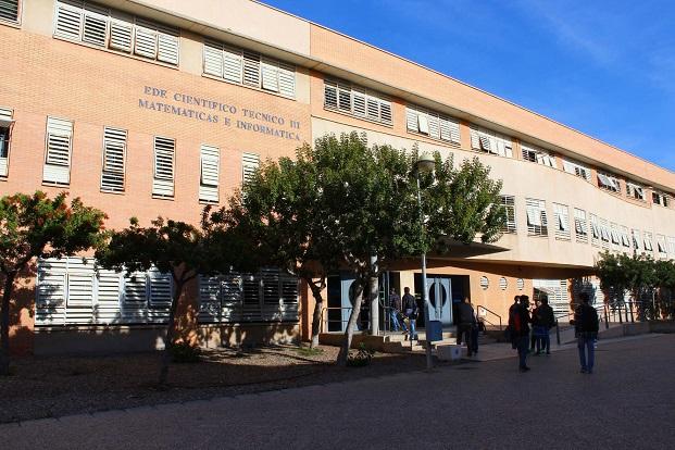 El Grado de Matemáticas UAL se especializa pensando en el futuro laboral de sus alumnos