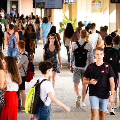 """La UPO lidera el """"desempeño académico en Grado"""" en el ranking de la Fundación CYD"""