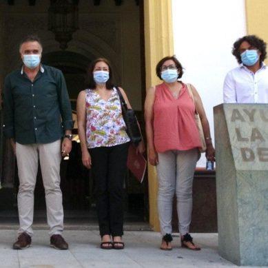 La UHU y el Ayuntamiento de la Palma impulsan las actividades de la cátedra del vino tras el paréntesis por el covid-19