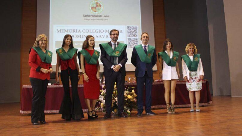 El humorista Santi Rodríguez es nombrado Colegial de Honor en el Colegio mayor de la UJA