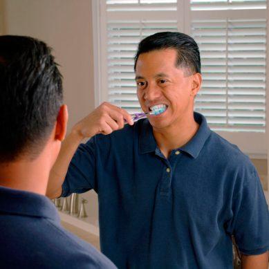 Cepillarse los dientes puede ayudar a los hombres a prevenir la disfunción eréctil