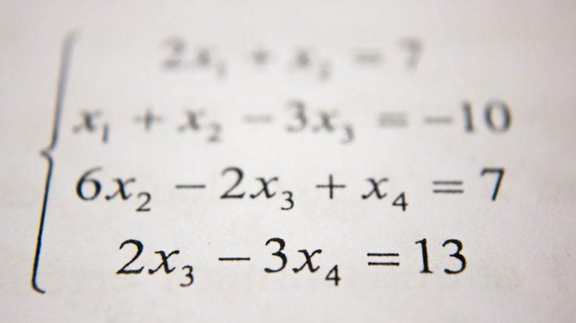 La Facultad de Ciencias acoge la edición 55 de la Olimpiada Matemáticas Española