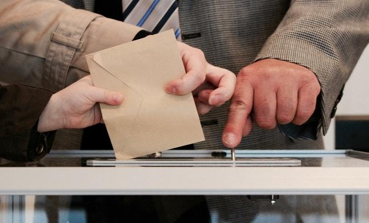 ¿Quiénes son los candidatos a rector de la UCM? Los puntos clave de sus campañas