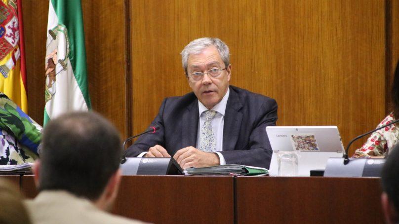 Velasco plantea incrementar de 35 a 50 millones la próxima convocatoria de proyectos de I+D+i