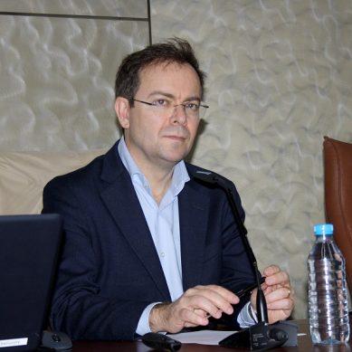 Javier Sierra da las claves para construir literatura a partir de los misterios en la UAL