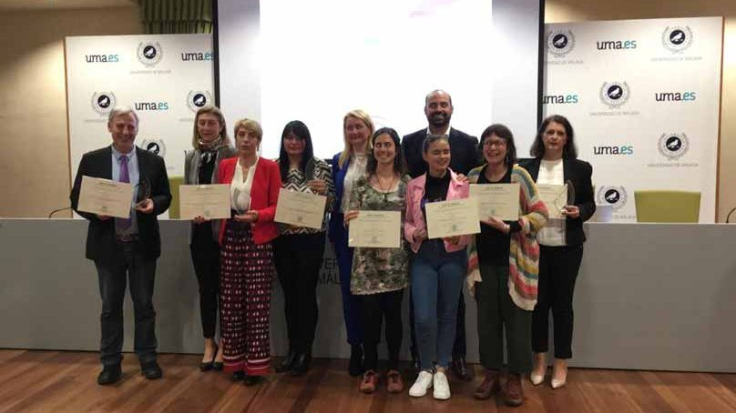 Ertzaintza, periodistas, perros y niñas reconocidas científicamente por su lucha contra la violencia de género