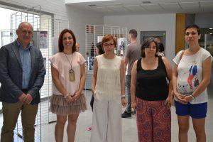Autoridades durante la inauguración de la exposición para visibilizar la lactancia