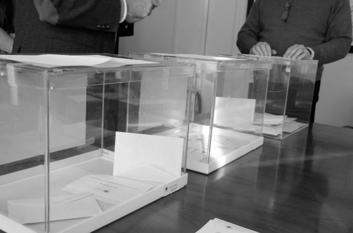 La Universidad de Granada vota la reelección de Aranda