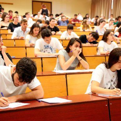 Preparados los más de 800.000 exámenes de la Selectividad que se repartirán en junio