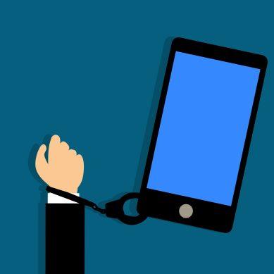 Las personas tolerantes, empáticas y compasivas tienen menos riesgo de adicción al teléfono móvil