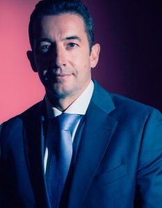 Entrevistamos a Carlos Díez de Lastra, director general de Les Roches Marbella Global Hospitality Education, sobre el futuro del turismo y la importancia de la formación como impulso para mejorar su calidad.