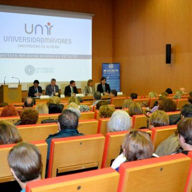 La Universidad de Mayores de la UAL abre sus puertas a los más veteranos