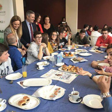 Café, tostadas e investigación para comenzar la Semana la Ciencia en la UJA