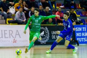 El Bessocer CD UMA Antequera logra la victoria ante el Viña Albali Valdepeñas en la ronda de penaltis, clasificándose para octavos de final.